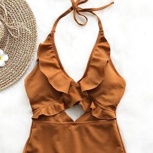 CUPSHE XS Suit